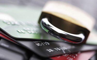 Jak wypłacić bez PIN-u pieniądze z karty, która nie posiada funkcji płatności zbliżeniowych? Case study