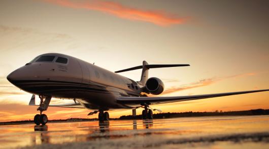 Które samoloty najrzadziej się spóźniają? Jest najnowszy ranking!