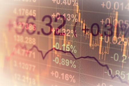 To ostatnio hit bezpiecznego oszczędzania. Obligacje biją na głowę większość depozytów. Jak je kupić? I jakie?