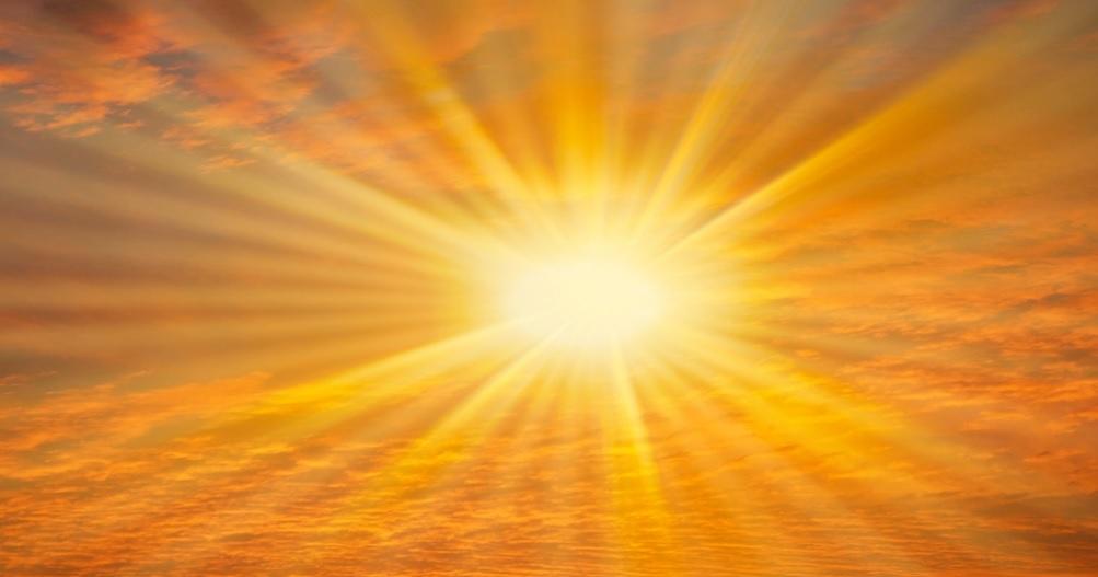 Żar leje się z nieba. Macie dość? Oni policzyli, że w słoneczne dni można… więcej zarobić!
