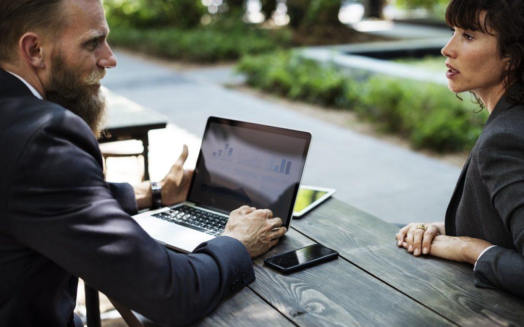 Siedem pytań, które musisz zadać agentowi, zanim kupisz od niego ubezpieczenie. Jeśli wymięknie…