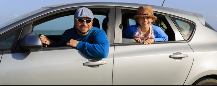 """Wypożyczalnie samochodów okrutnie """"tną"""" na dodatkowych ubezpieczeniach. Koniec z tym? Ubezpiecz się od drogiej polisy z wypożyczalni"""