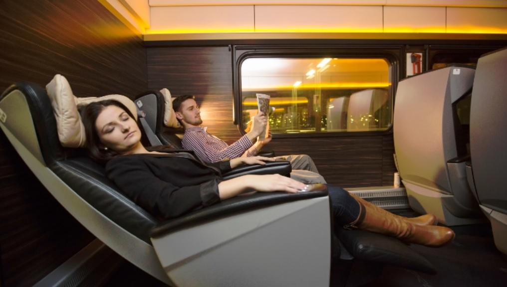 """Oni pokażą Intercity jak wygląda prawdziwy luksus w podróży? Leo Express i """"platynowe"""" autobusy"""