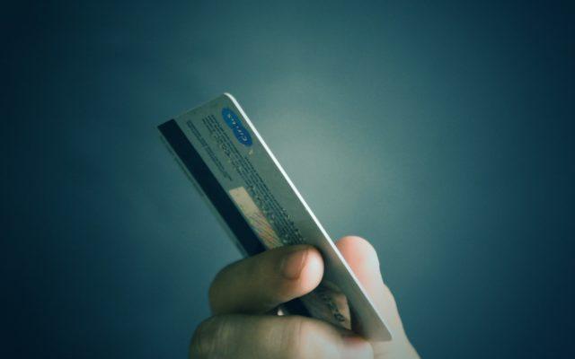 Wydaje Wam się, że na karcie kredytowej macie ponad 50 dni bez odsetek? Skąd ta pewność, skoro takiej gwarancji nie ma… w umowie