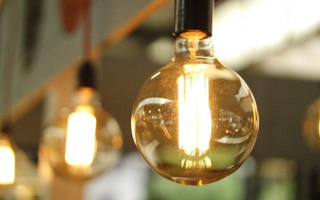 Zmiana taryf na prąd to tylko kwestia czasu. Zdradzamy sposoby, jak się bronić przed podwyżkami!