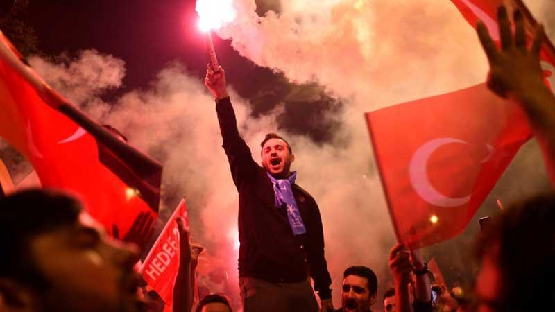 Turcja zbankrutuje gorzej niż Grecja? Trzy powody, dla których też powinniśmy się tego bać, czyli… tureckie kazanie