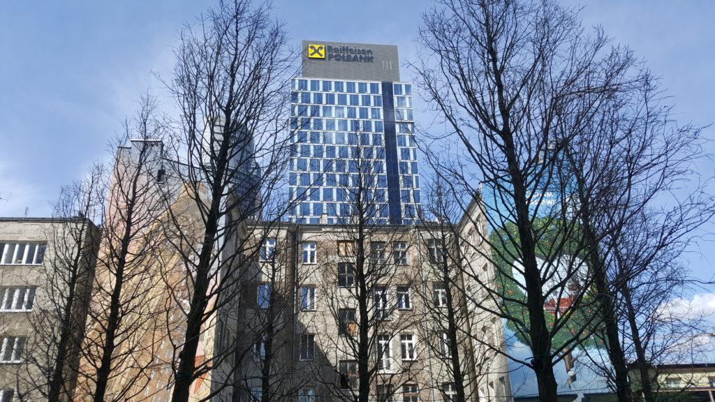 Wiemy co zamierza zrobić Raiffeisen, żeby ułatwić życie kredytobiorcom! Sześć problemów i… sześć propozycji banku na wyjście z kryzysu