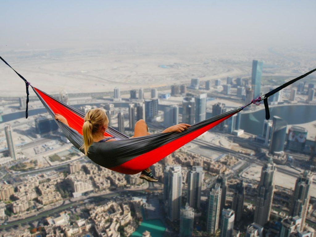 Dziwne zjawiska na lotnisku w Dubaju. Roaming wyłączony, a dane z internetu pobrane. BillShock nie zadziałał i duży rachunek gotowy