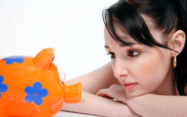 Jak sfinansować zakup samochodu? Kiedy bardziej opłaci się wydać własne pieniądze, a kiedy ma sens włączenie obcego kapitału? Trzy sytuacje
