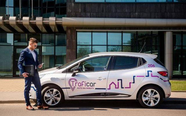 Podsumowuję mój rok z car-sharingiem. Czy da się już zrezygnować z własnego auta na rzecz samochodów na minuty?