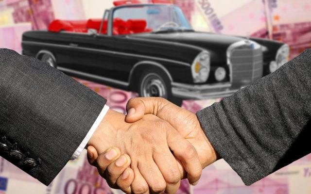 Czas zmienić samochód na nowy (lub nowszy). Ekonomia ekologiczna i inne pułapki przesiadki z auta do auta