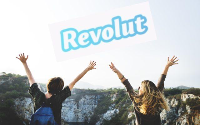 Revolut ma niezłe ubezpieczenie turystyczne. Ale czy dopełnił formalności, by je oferować? KNF-owi coś się nie zgadza