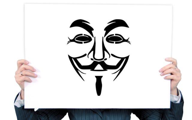 """Dzięki temu trikowi złodzieje ukradli nam co najmniej 260 mln zł. A banki nie palą się do walki. Bo """"przelewów jest za dużo"""". To liczymy!"""