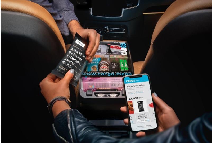 Nibytaksówka prawie jak sklep na kółkach? Uber uruchomił aplikację, która pozwala robić duże zakupy w podróży. To zapowiedź nowej ery?