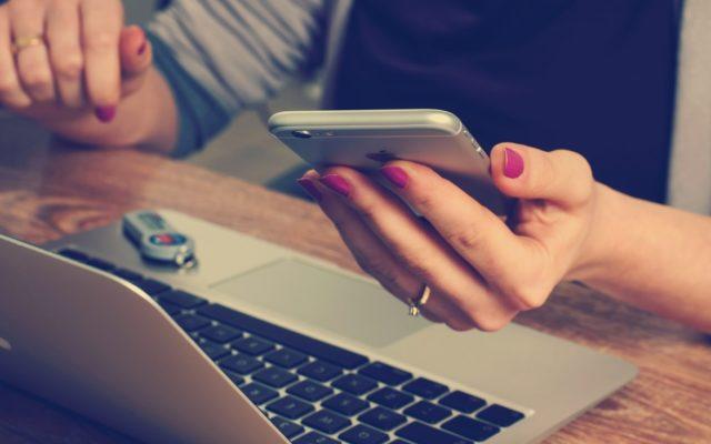 Podaj login do eBOK-a albo swój adres e-mail, a oni zajmą się twoimi rachunkami. ING ruszył z serwisem do opłacania faktur, jakiego nie było