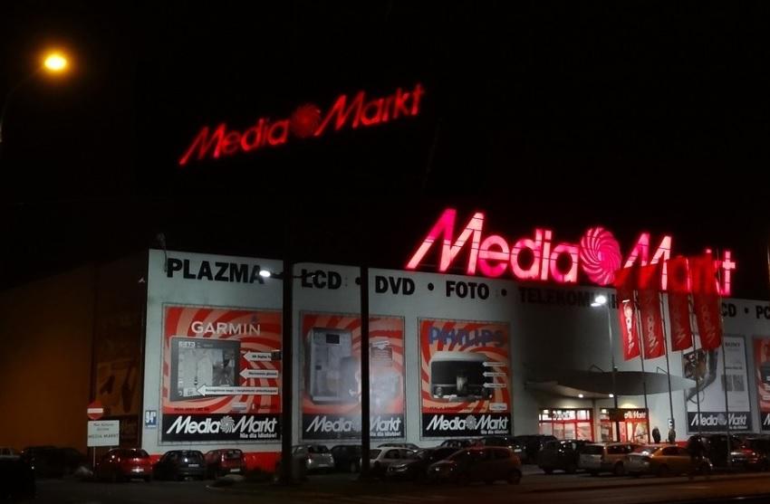 Media Markt i przedłużona gwarancja, która jest nią tylko… czasami. Grube nieporozumienie z zepsutym telewizorem w tle