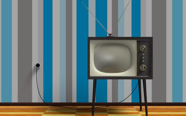 """Polacy lubią oglądać telewizję w wolnym czasie, więc… poczta rozsyła świąteczne """"prezenty"""". Za 1600 zł. """"Skąd wiedzieli, że mam telewizor?"""""""