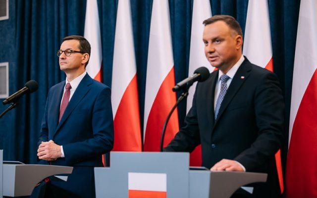 Pakiet antykryzysowy, czyli rząd ujawnił, jak chce ratować polskie firmy przed katastrofą. Niby wypas, ale jeśli zajrzymy pod kołderkę…