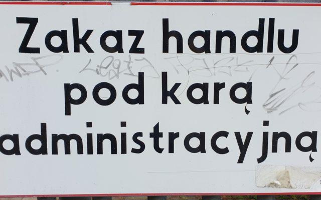 Setki tysięcy Polaków mogą nie dostać w tym miesiącu wynagrodzenia. Kto jest najbardziej zagrożony? Oto lista grozy. I kwoty strat