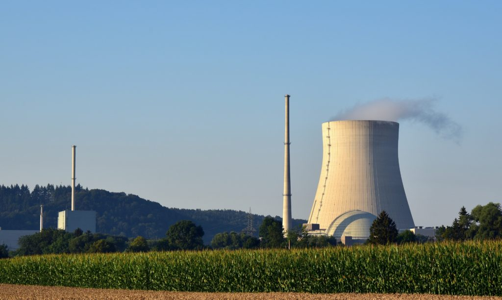 Czy epidemia koronawirusa powinna popchnąć rząd do budowy polskiej elektrowni atomowej? Agonia górnictwa przyspieszyła. Oto jak może wyglądać rewolucja