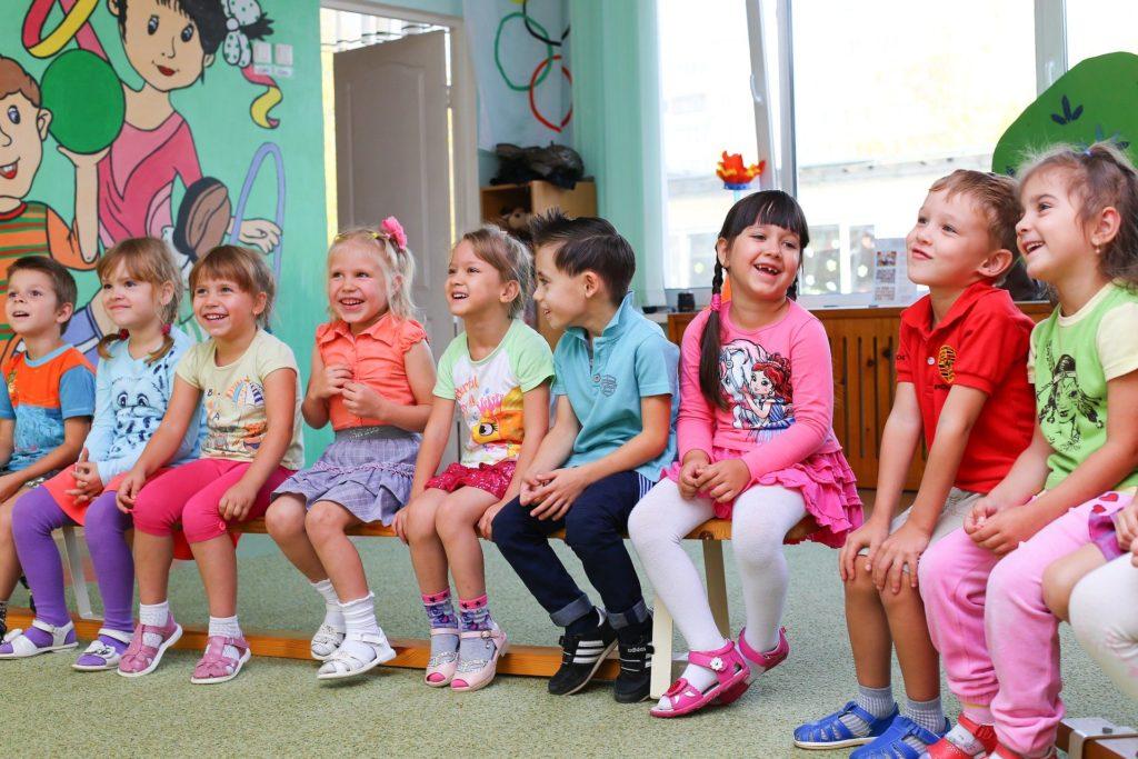 Rząd pozwolił otworzyć żłobki i przedszkola. Liczę, jaka jest cena bezpieczeństwa dzieci, przedszkolanek i rodziców