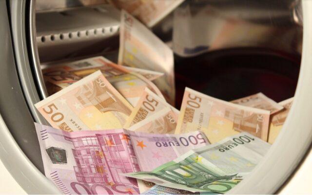 Ile banków nie jest gotowych na kryzys? Kto (tak naprawdę) płaci podatek bankowy? Dlaczego banki nie chcą naszych depozytów? Ważne odpowiedzi prosto od KNF