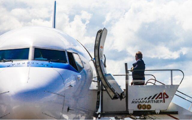 Od lipca na większą skalę ruszają loty turystyczne. Ale czy wsiadanie na pokład samolotu jest bezpieczne? Trzy ważne pytania o latanie. I próba odpowiedzi na nie