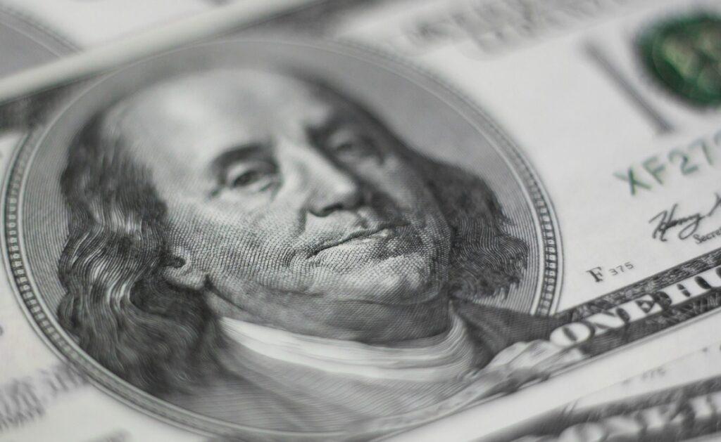 """Globalny fundusz stabilnego wzrostu lekiem na zerowe oprocentowanie lokat bankowych? Sprawdzam co w nim """"siedzi"""""""