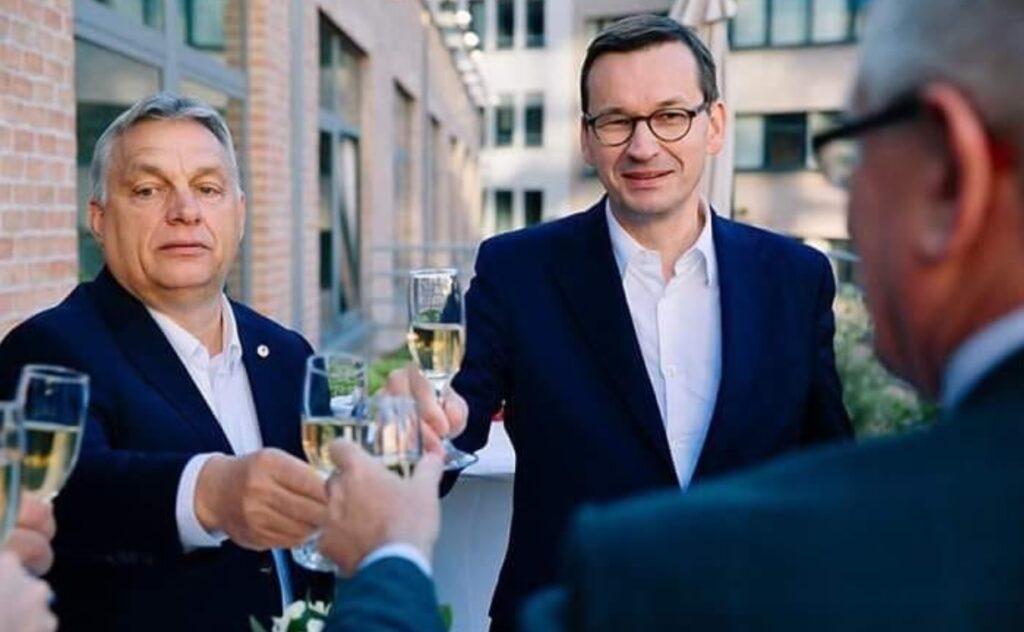 Szczyt UE: wielkie zwycięstwo, czy klęska polskiego rządu? Ile pieniędzy tak naprawdę dostanie Polska? Więcej, czy mniej? I na co? Porządkujemy chaos informacyjny!