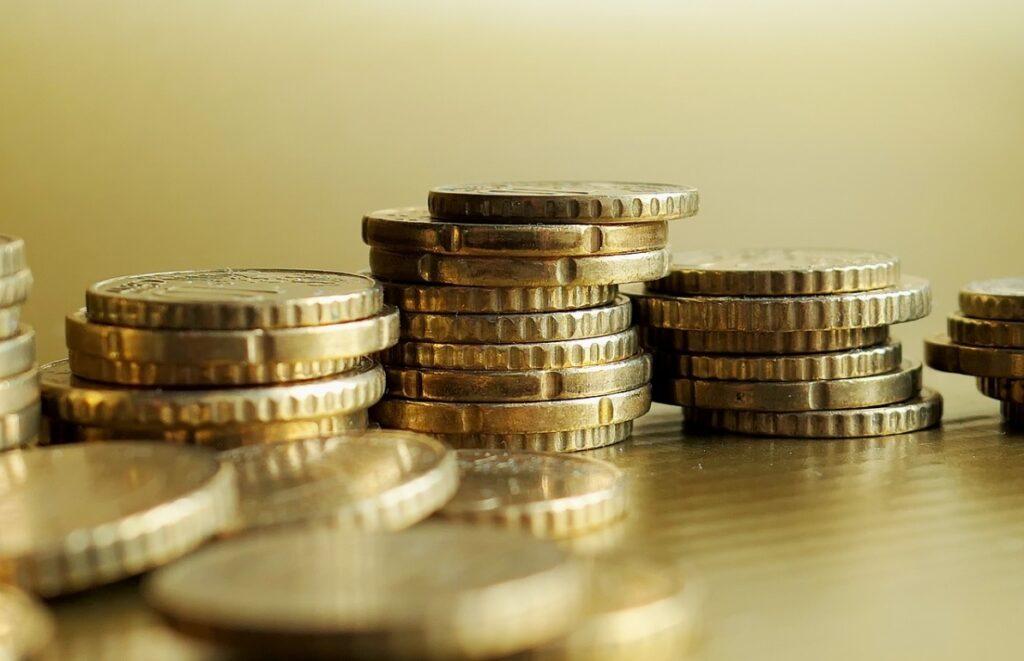 Powoli odkochujesz się w banku i nie wiesz co dalej? Oto trzy pomysły na długoterminowe inwestowanie dla początkujących
