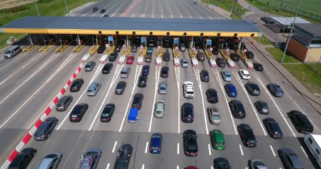 Jesteś nowoczesny? Płacisz za autostradę mobilnie, korzystając z systemu Autopay? Zarządca autostrady cię za to nie nagrodzi. Żeby nie wkurzyć nienowoczesnych
