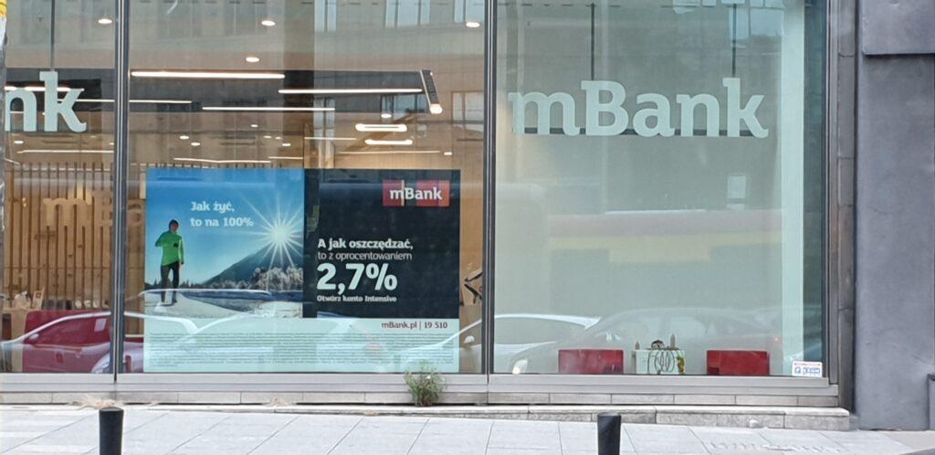 Przeoczenie czy celowa marketingowa zagrywka? Dlaczego kalkulator mBanku pokazuje zysk z lokaty kilkadziesiąt razy wyższy niż w rzeczywistości?