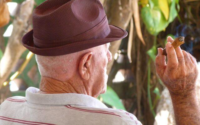 Nieruchomości, akcje, depozyty: jak dostać się do majątku 90-latka i nim zarządzić tak, żeby nie umarł z głodu? Trudny przypadek pewnego prawnika