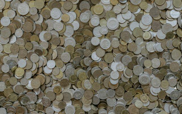 Trzy sposoby na bezbolesne oszczędzanie, czyli jak nie myśleć za dużo, a mimo wszystko zadbać, by oszczędności przybywało