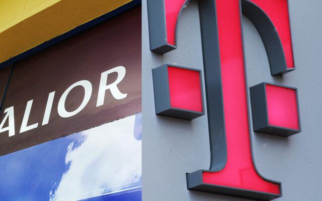 Klienci T-Mobile Usługi Bankowe w ten weekend trafią pod skrzydła Alior Banku. Oto ważna rzecz do zrobienia, by przez fuzję przejść suchą stopą