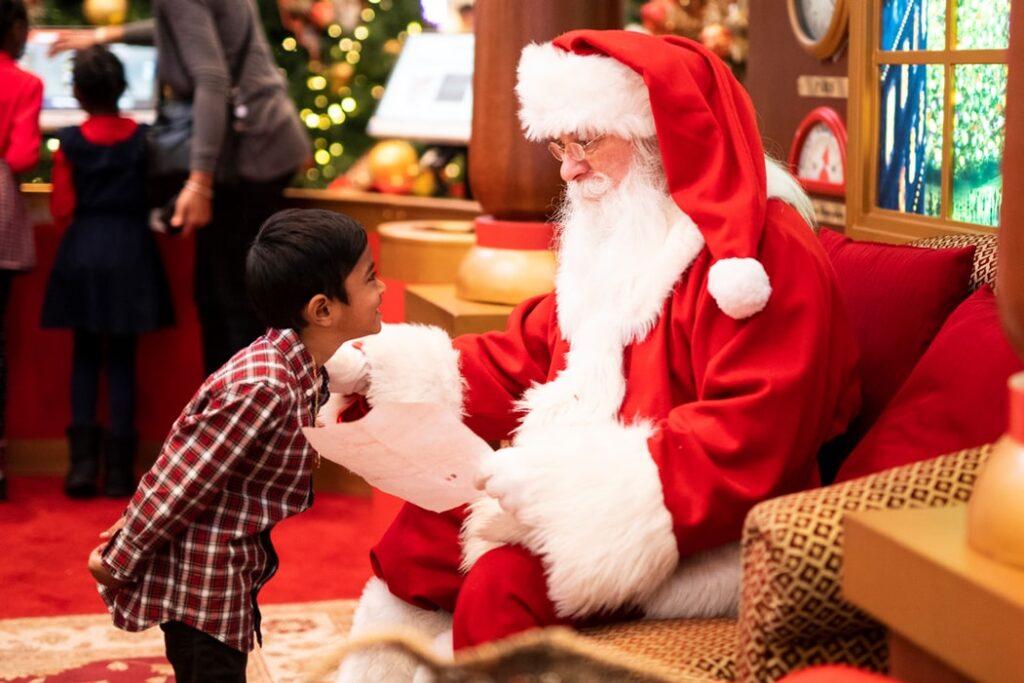 Komu w świecie finansów Święty Mikołaj powinien spuścić lanie rózgą? Lista miała być krótka, ale niegrzecznych chłopców i dziewczynek była moc!