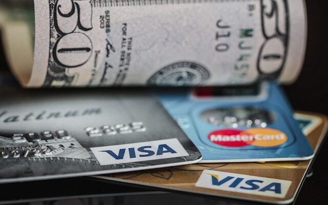 Dziwna sytuacja? Gdy bank prosi o dodatkowe dokumenty przy zakładaniu karty kredytowej. I to takie, które… nie uwierzycie. Zwłaszcza w pandemii