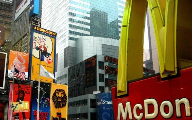 Indeks Big Mac powie prawdę o realnej wartości naszych zarobków? Sprawdzam, co możemy wyczytać z jego najnowszej edycji