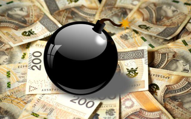 Kto podłożył inflacyjną bombę pod polskie gospodarstwa domowe? Wzrost kosztów utrzymania jeszcze nigdy tak nie galopował. O ile więcej zapłacisz za mieszkanie?