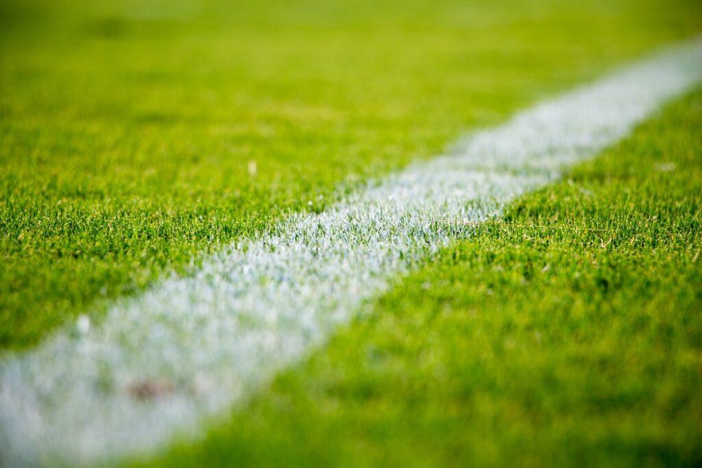 """Piłkarska rewolucja, czyli """"projekt Superliga"""". To może być potwór, który wydrenuje nasze kibicowskie kieszenie przez internet. Ale czy może skończyć się inaczej?"""