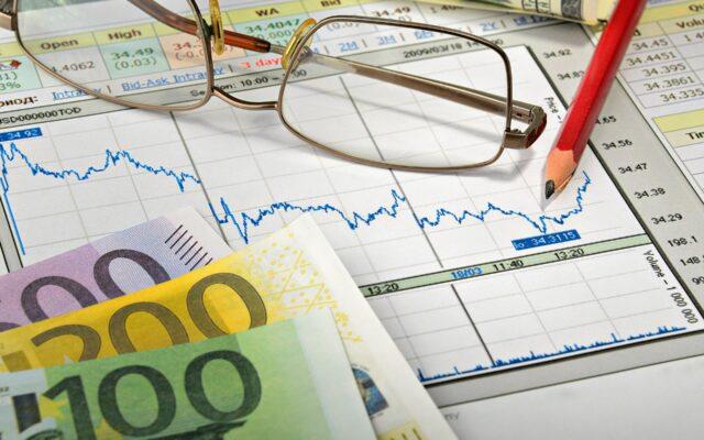Co może dostać klient za zmianę banku? Bankowcy kuszą: nawet 4.200 zł premii, coś-a-la-lokata na 5%… Ale musisz spełniać jeden warunek