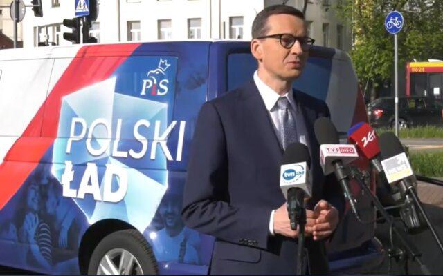 """""""Polski Ład"""" nie zbiera zbyt wielu dobrych recenzji, ale… za co może się podobać? Rafał Woś zakrzyknął: """"A mnie się podoba!"""". Spróbowałem zrozumieć Wosia i…"""