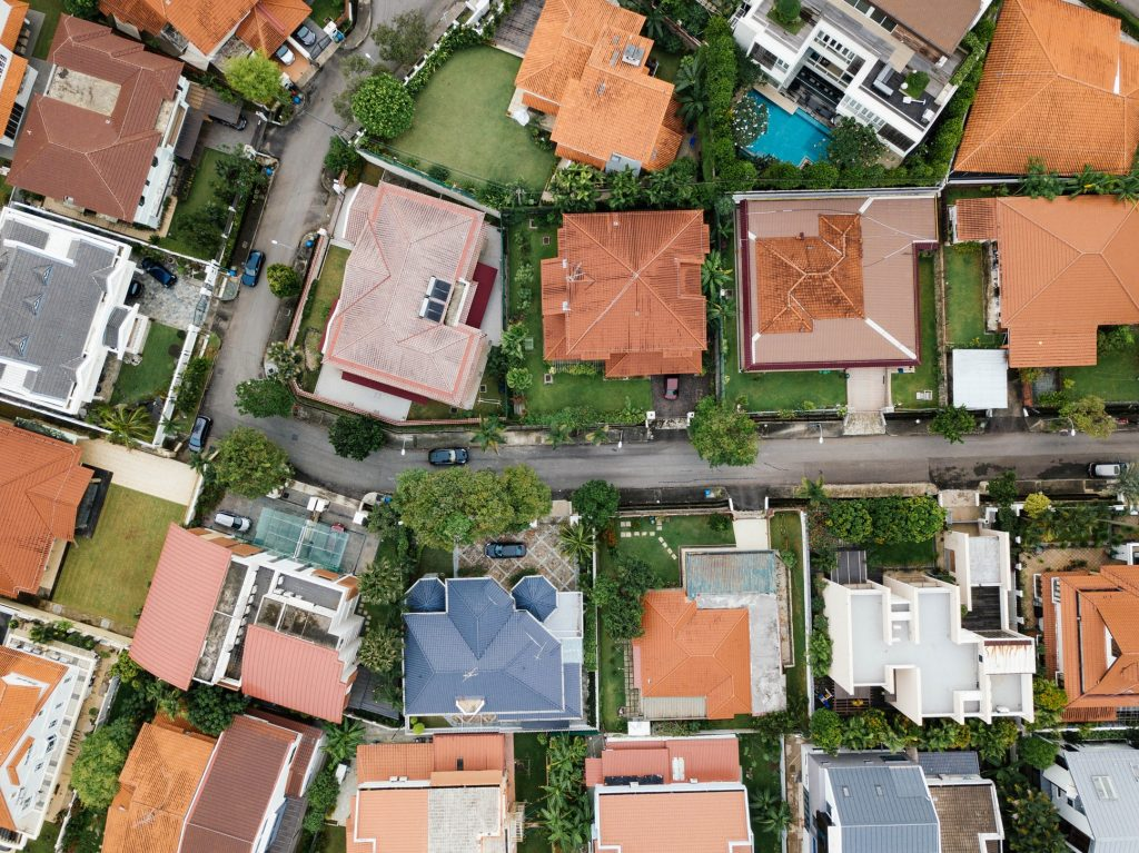Ile warte jest twoje mieszkanie? A ile mieszkanie sąsiada? Za ile warto sprzedać? A za ile kupić? Oto cztery fajne narzędzia do wyceny nieruchomości przez internet