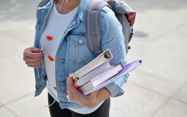Nie tylko podręczniki, zeszyty i strój na WF. Nowy rok szkolny to także sześć finansowych zadań dla dzieci i rodziców. Do boju!