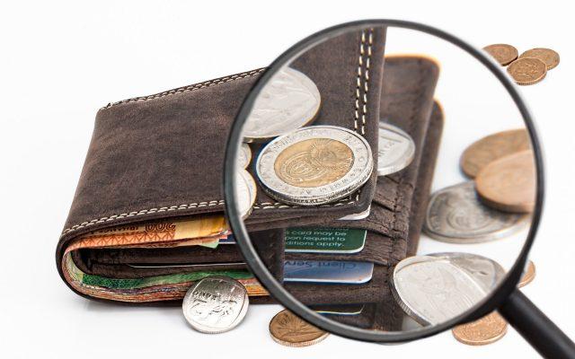 Jak dziś wyciskać z banków kasę? Chyba najwięcej można zarobić na… karcie kredytowej. Bierzesz, przez kilka miesięcy używasz i zwracasz (albo i nie). Ile można ugrać?
